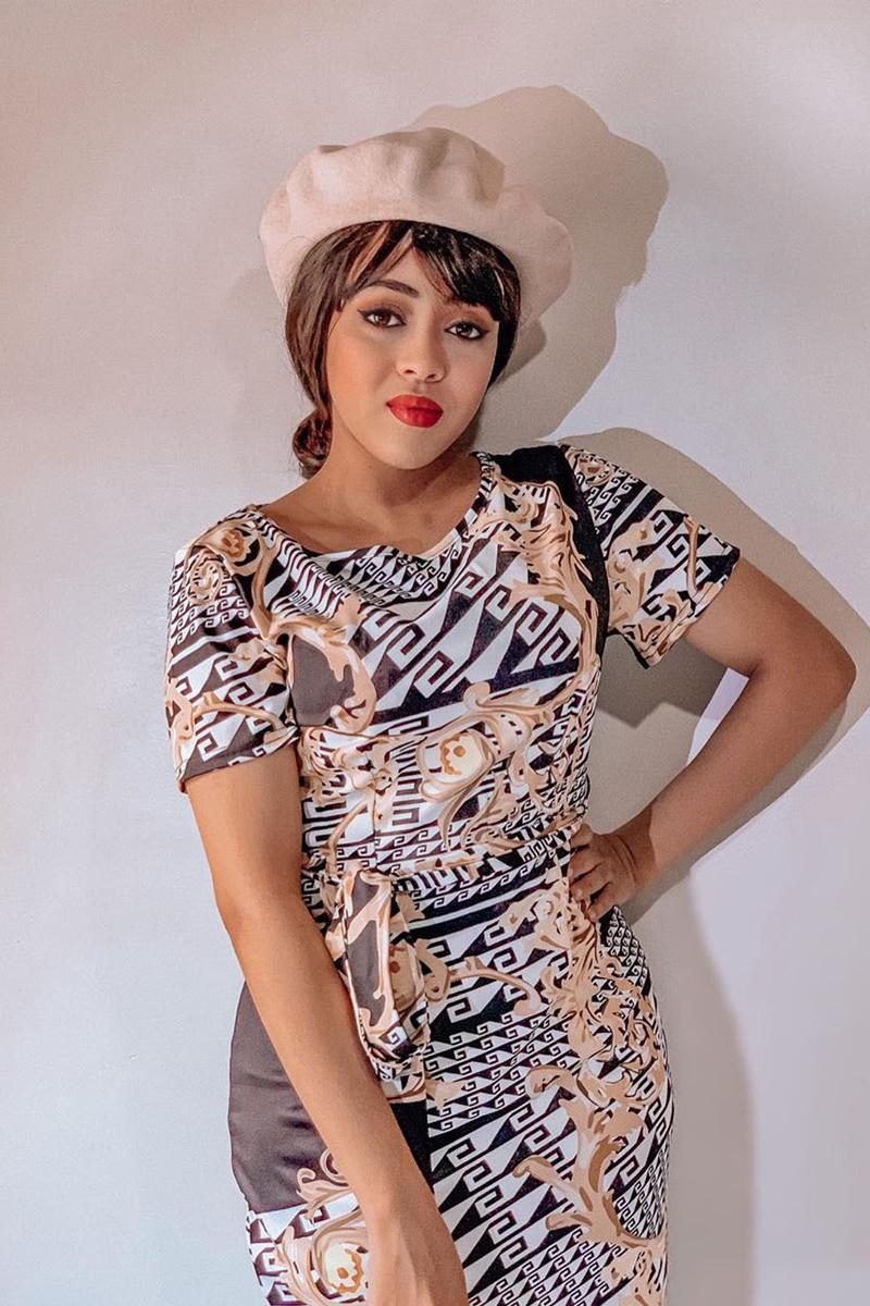 Round Neck Short Sleeve Geometric Print Sheath Dress