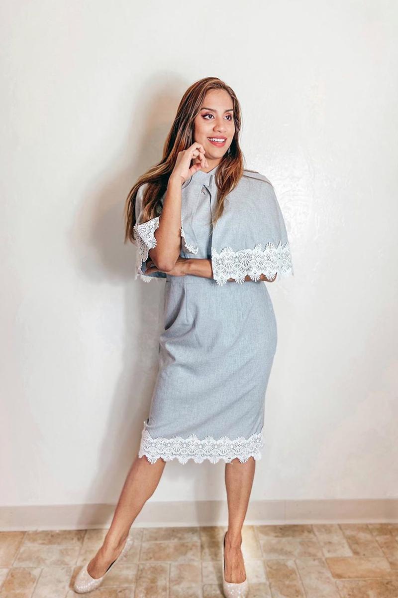 Lace Panel Shawl and Short Sleeve Round Neck Dress