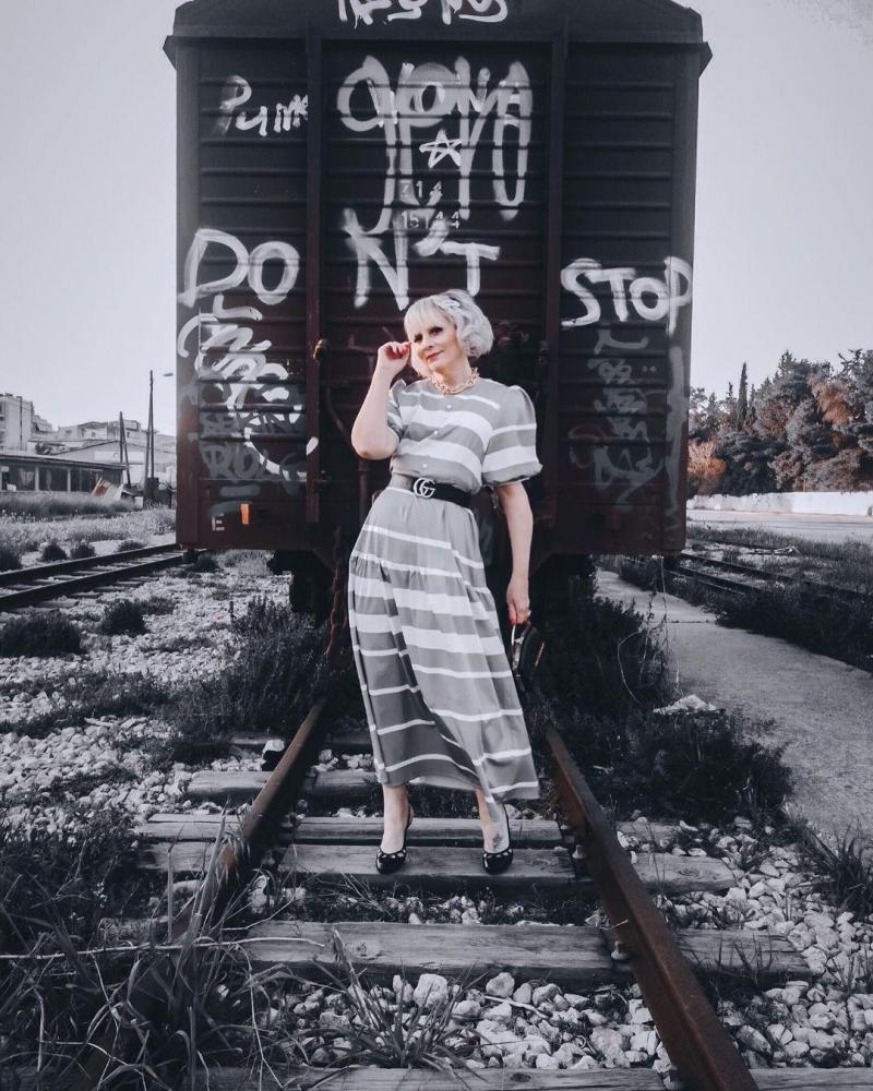 V Neck Striped Lantern Sleeve Maxi Dress