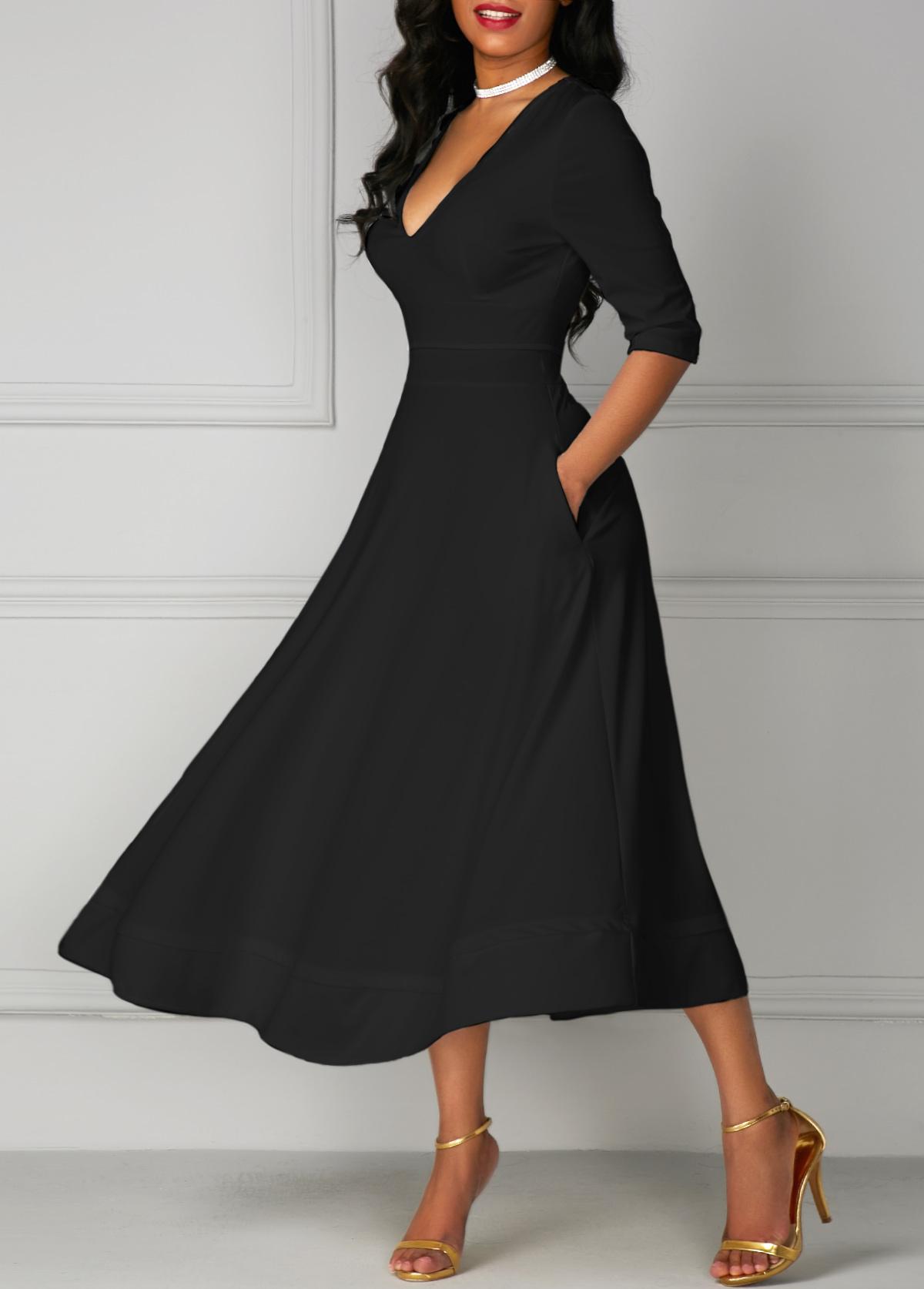 Pocket Design Black V Neck Half Sleeve Dress