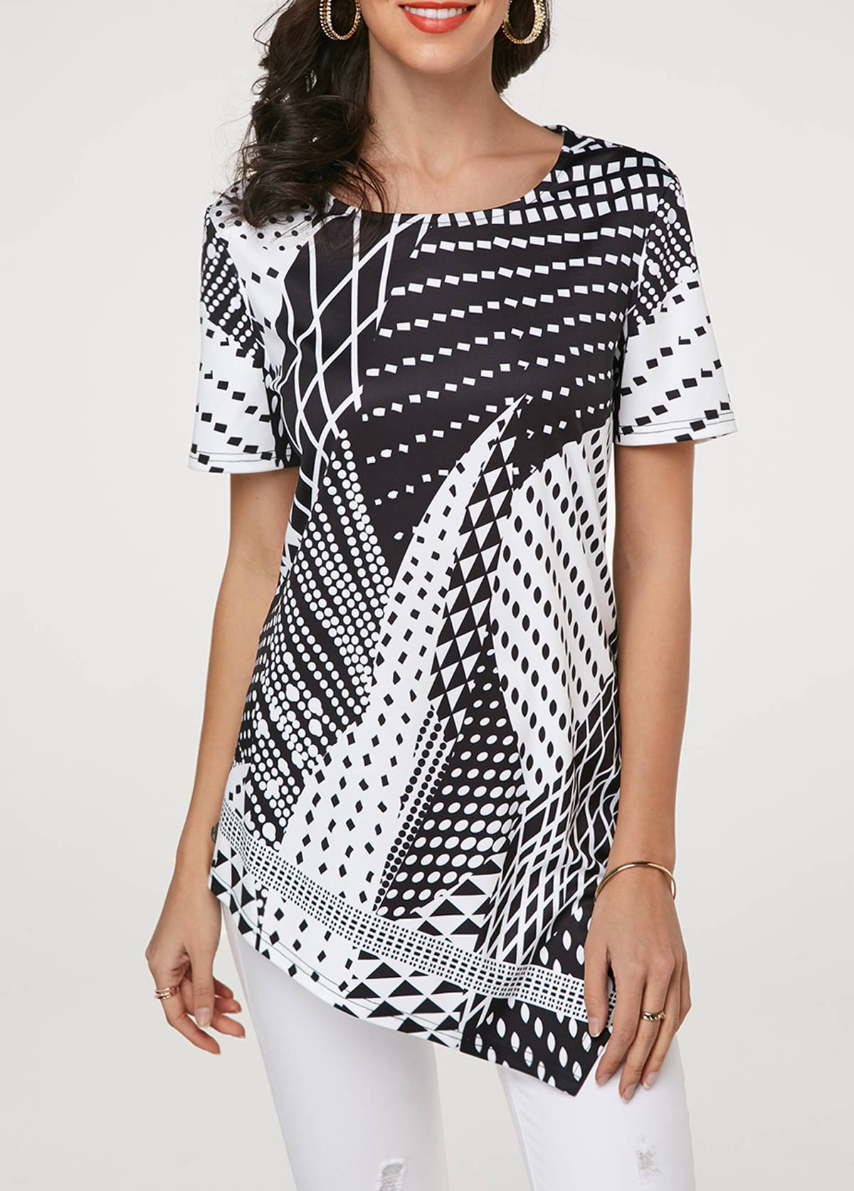 Asymmetric Hem Short Sleeve Geometric Print T Shirt