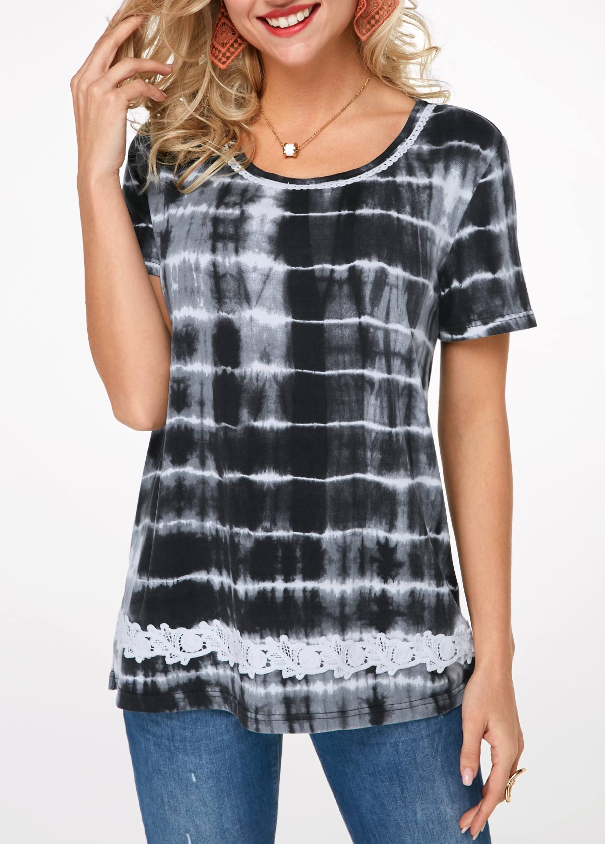 Lace Detail Printed Short Sleeve T Shirt