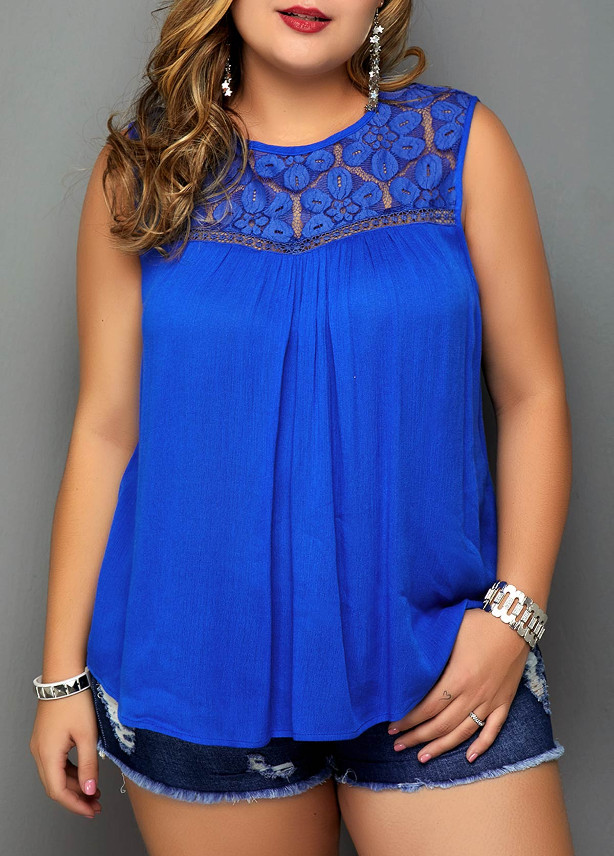 Plus Size Lace Patchwork Keyhole Back Blouse