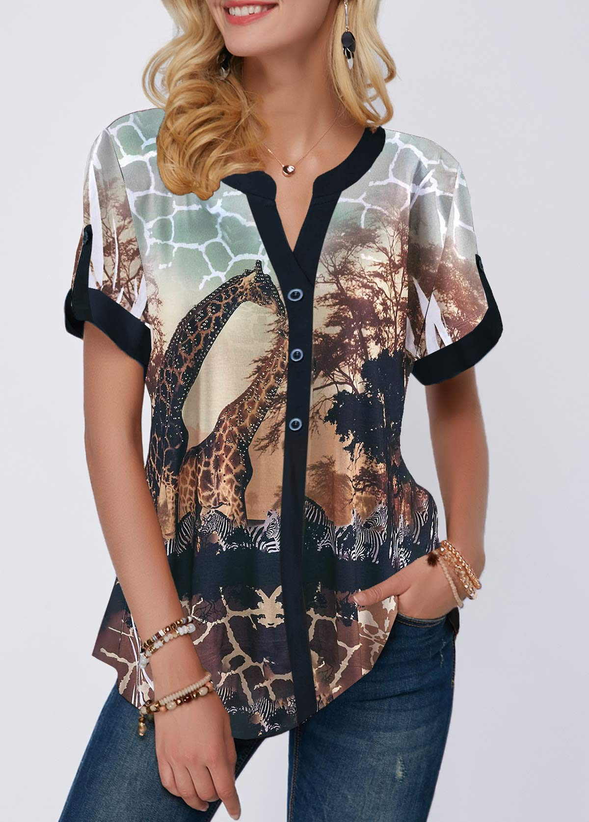 Curved Hem Giraffe Print Short Sleeve Blouse
