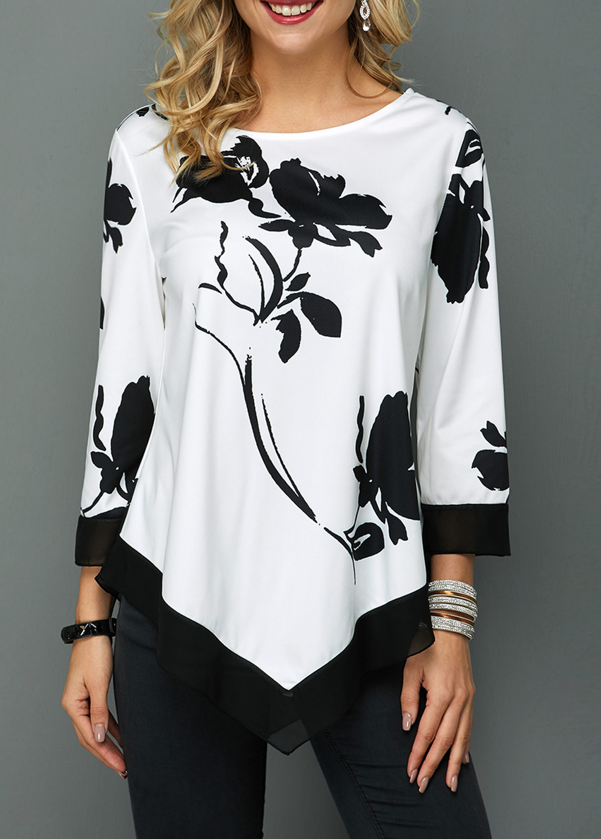 Flower Print Round Neck Asymmetric Hem T Shirt