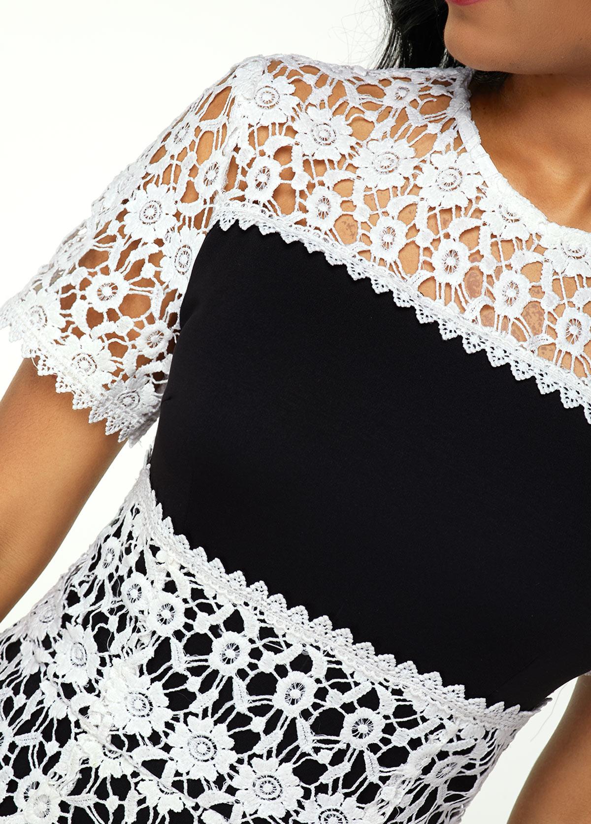 Lace Patchwork Round Neck Sheath Dress