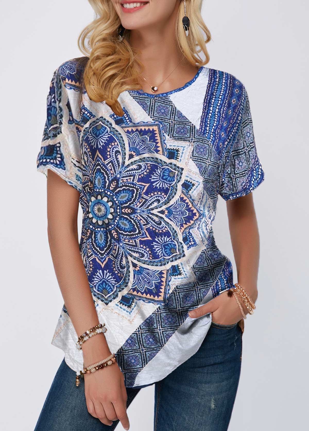Short Sleeve Curved Hem Mandala Print T Shirt
