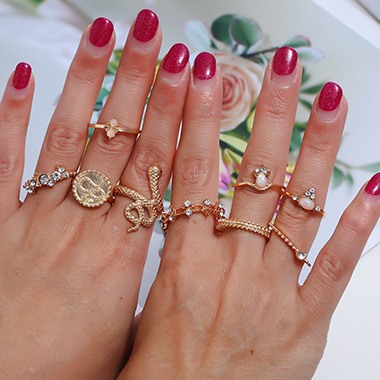 Gold Metal Rhinestone Embellished Snake Design Ring Set