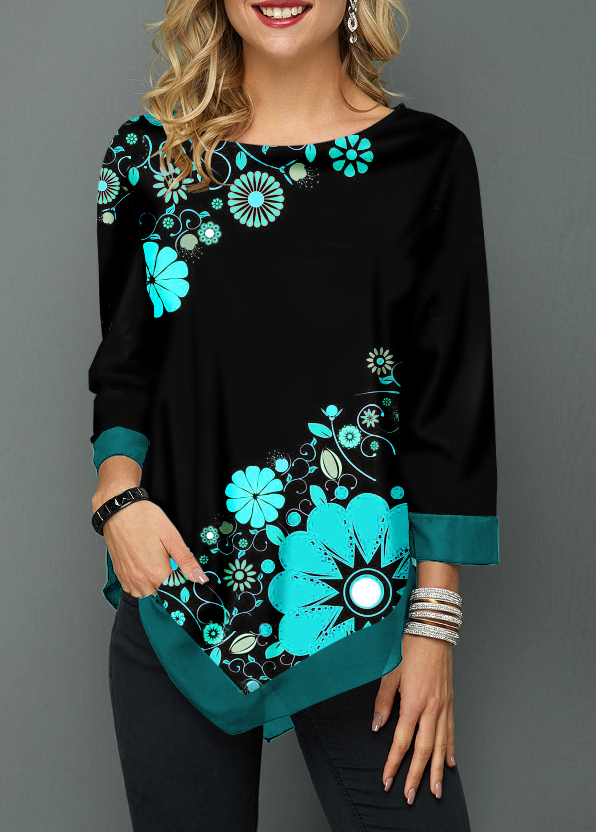 Round Neck Flower Print Asymmetric Hem Blouse
