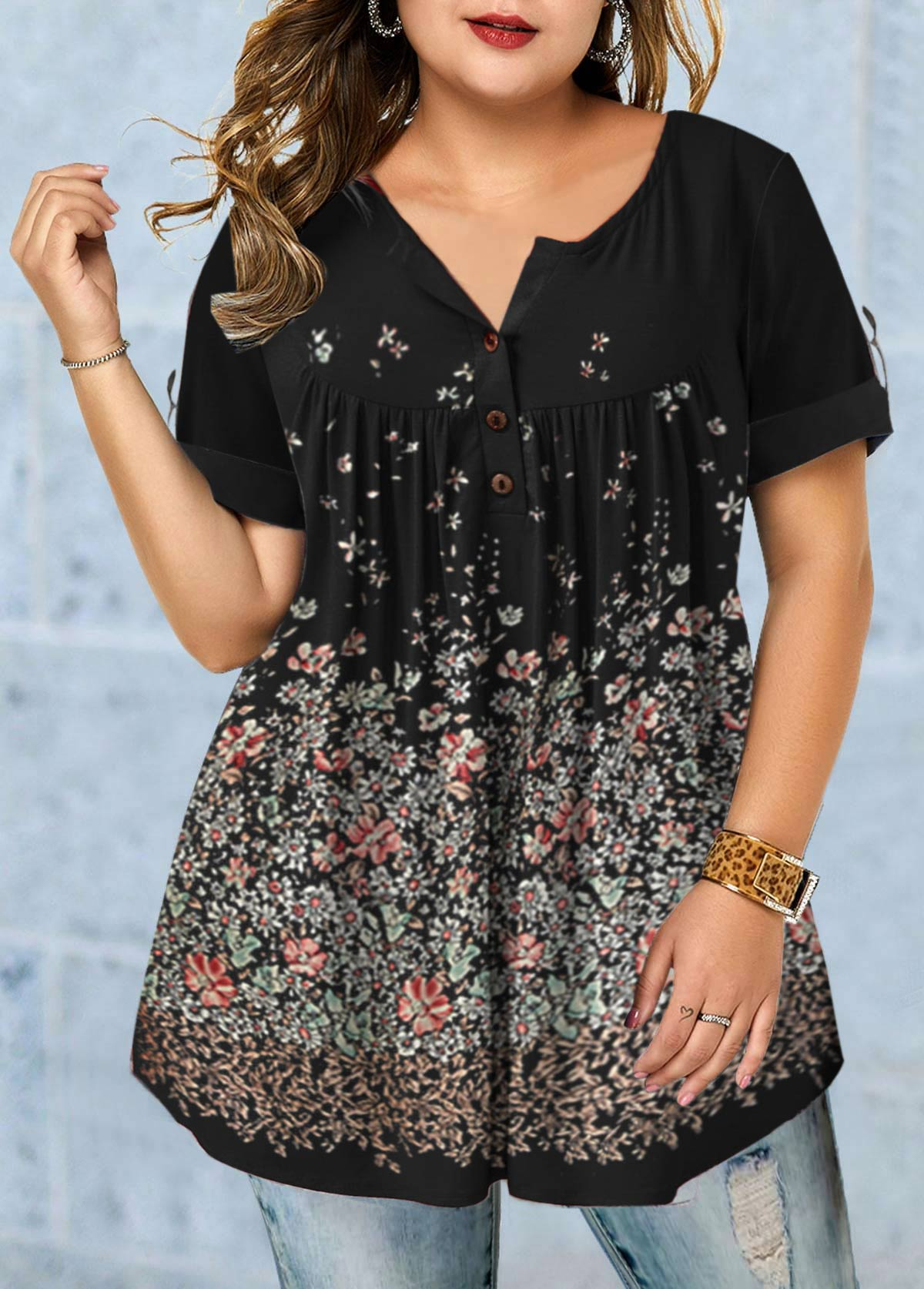 Roll Tab Sleeve Floral Print Plus Size Blouse