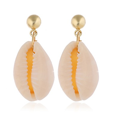 Seashell Shaped Glod Metal Earrings for Women