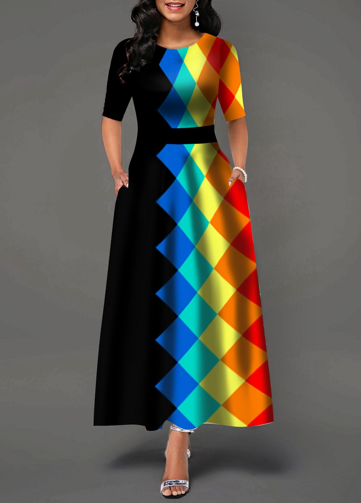 Half Sleeve Geometric Print Round Neck Maxi Dress