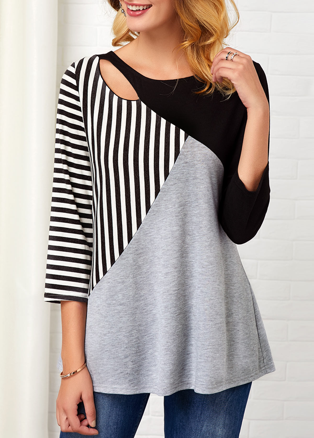 Three Quarter Sleeve Stripe Print Hollow Front T Shirt