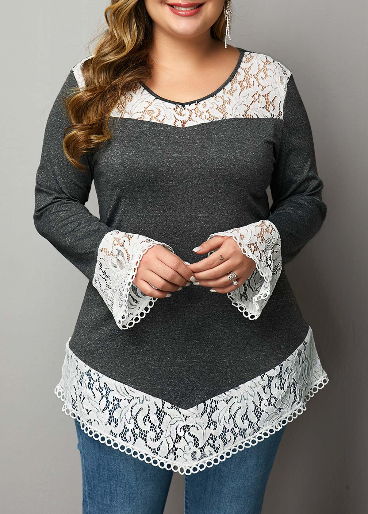 Plus Size Flare Sleeve Lace Patchwork T Shirt