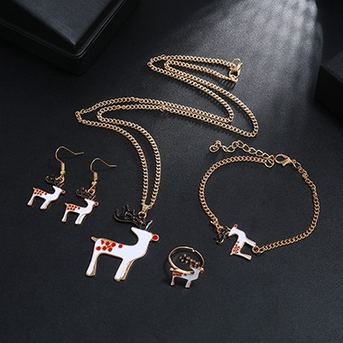 Christmas Elk Shape Gold Metal Necklace Set