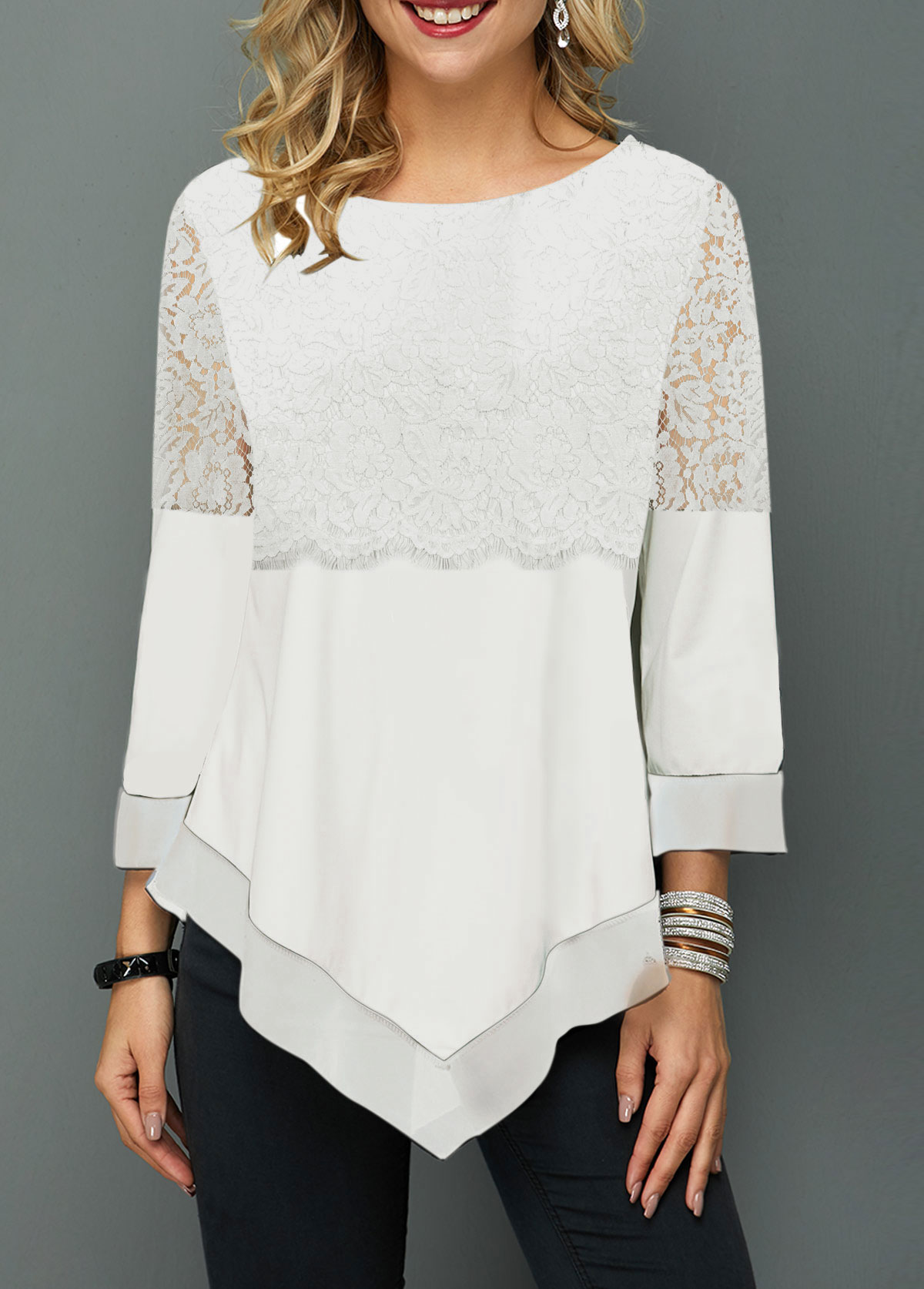 Round Neck Asymmetric Hem Lace Panel T Shirt
