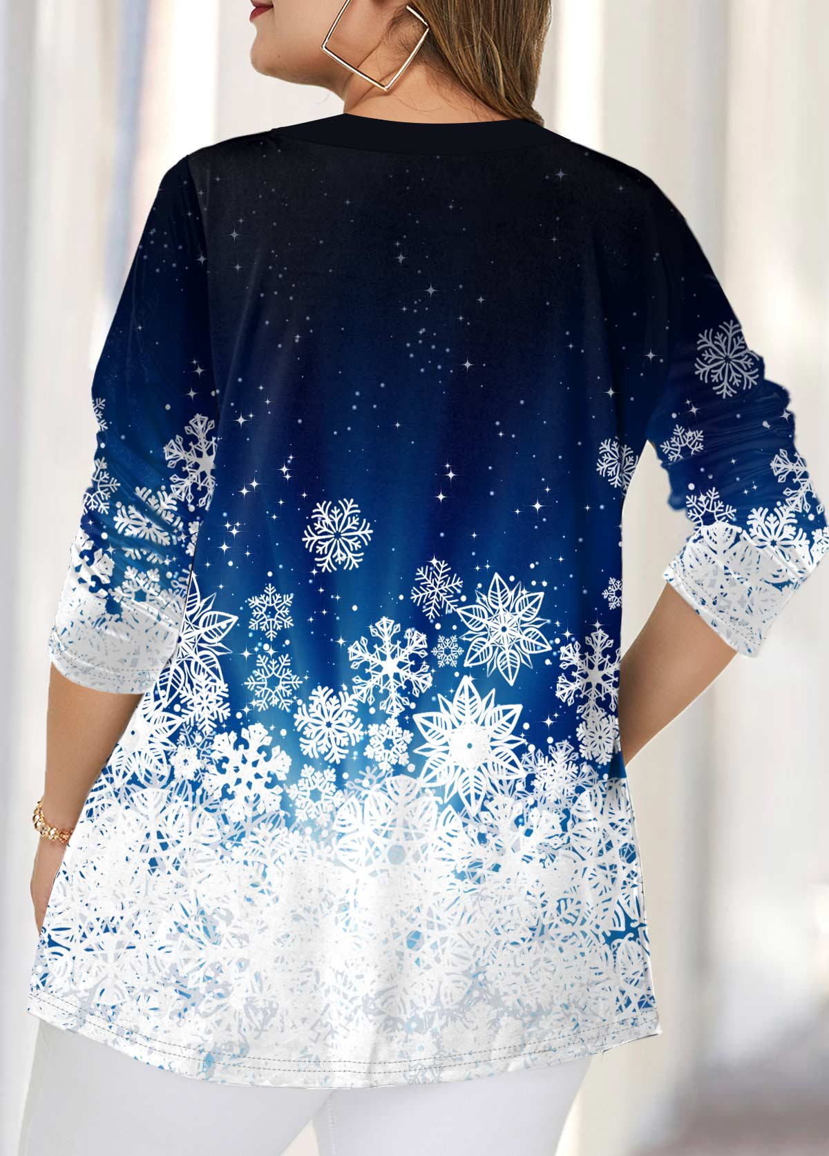 Split Neck Snow Print Plus Size Blouse