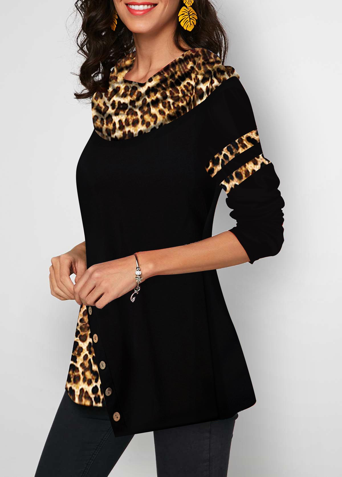 Long Sleeve Leopard Print Button Detail T Shirt