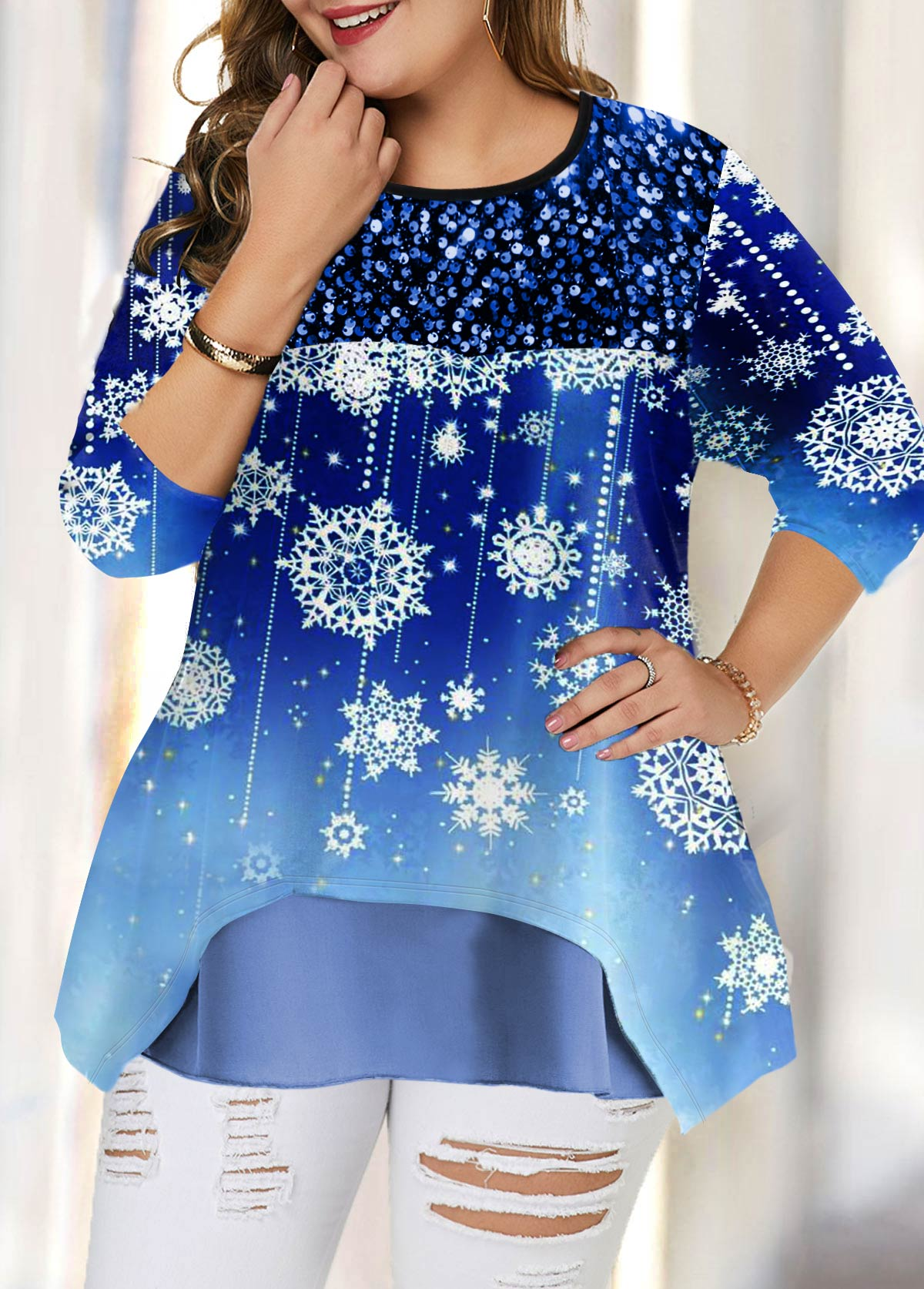 Plus Size Layered Hem Snow Print T Shirt