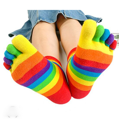 Multicolor Striped Full Toe Calf Length Socks