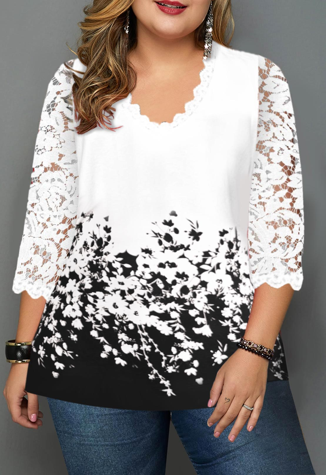 Floral Print Plus Size Lace Panel T Shirt