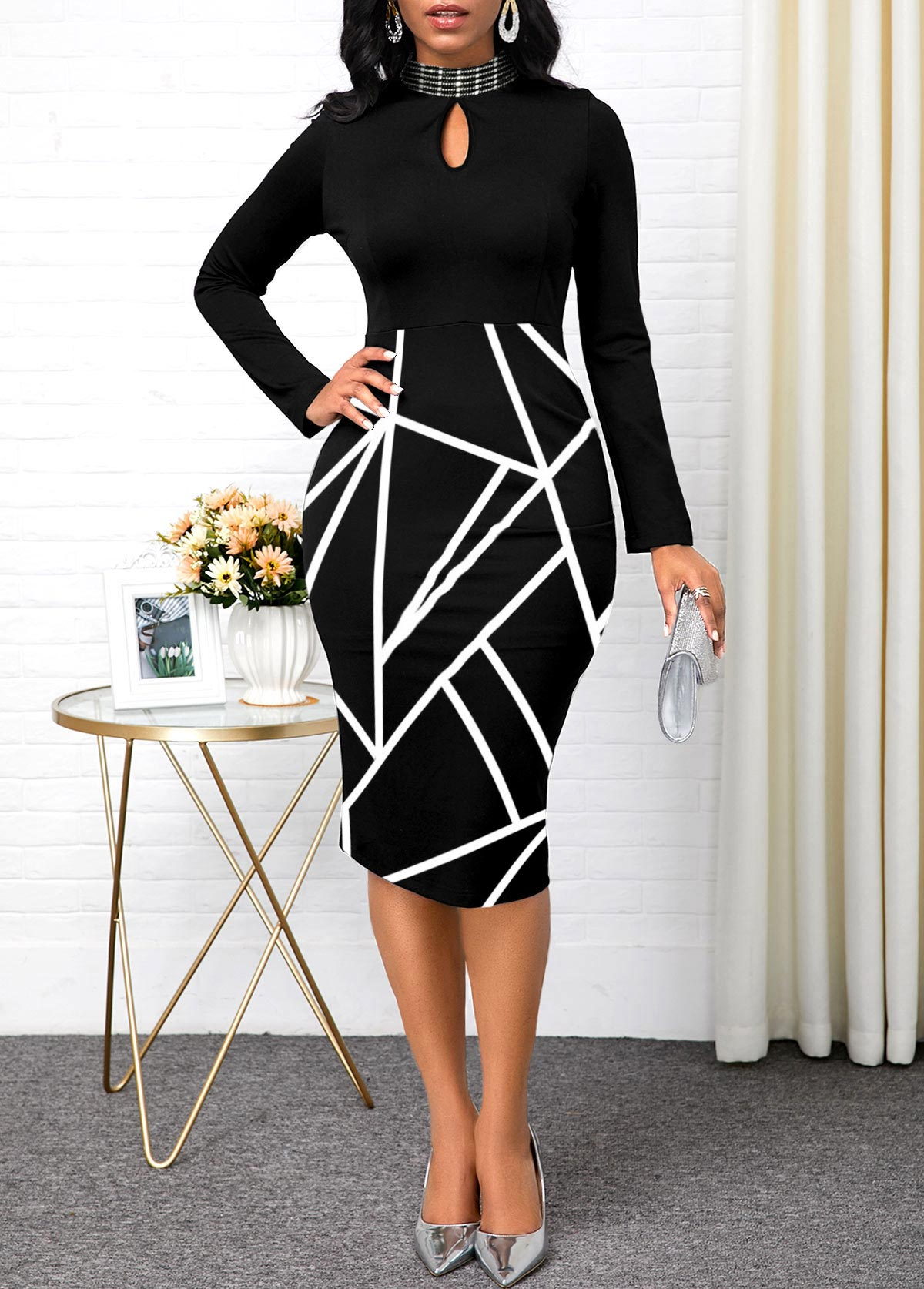 Long Sleeve Keyhole Neckline Geometric Print Dress