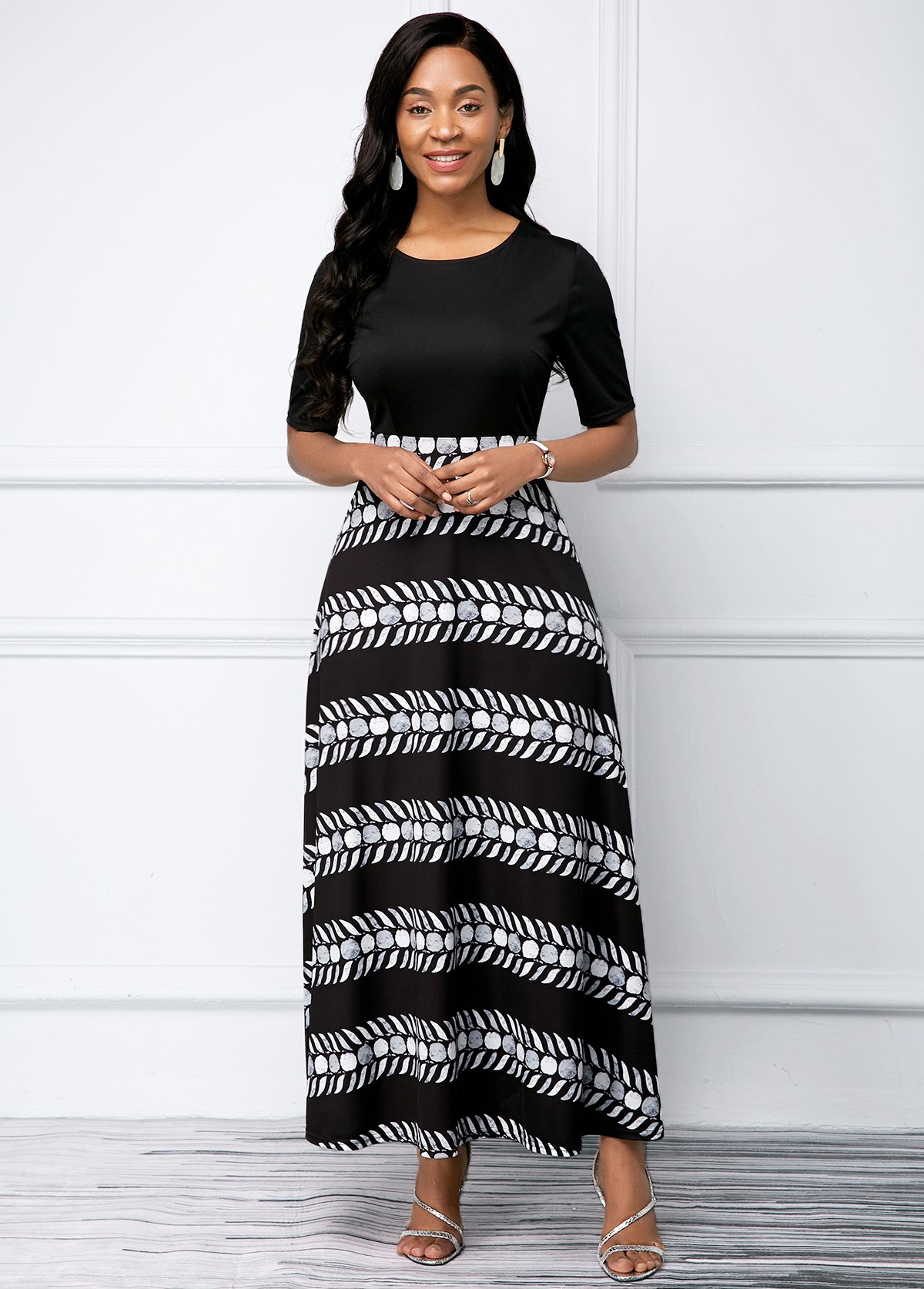 Black Round Neck Printed Half Sleeve Dress