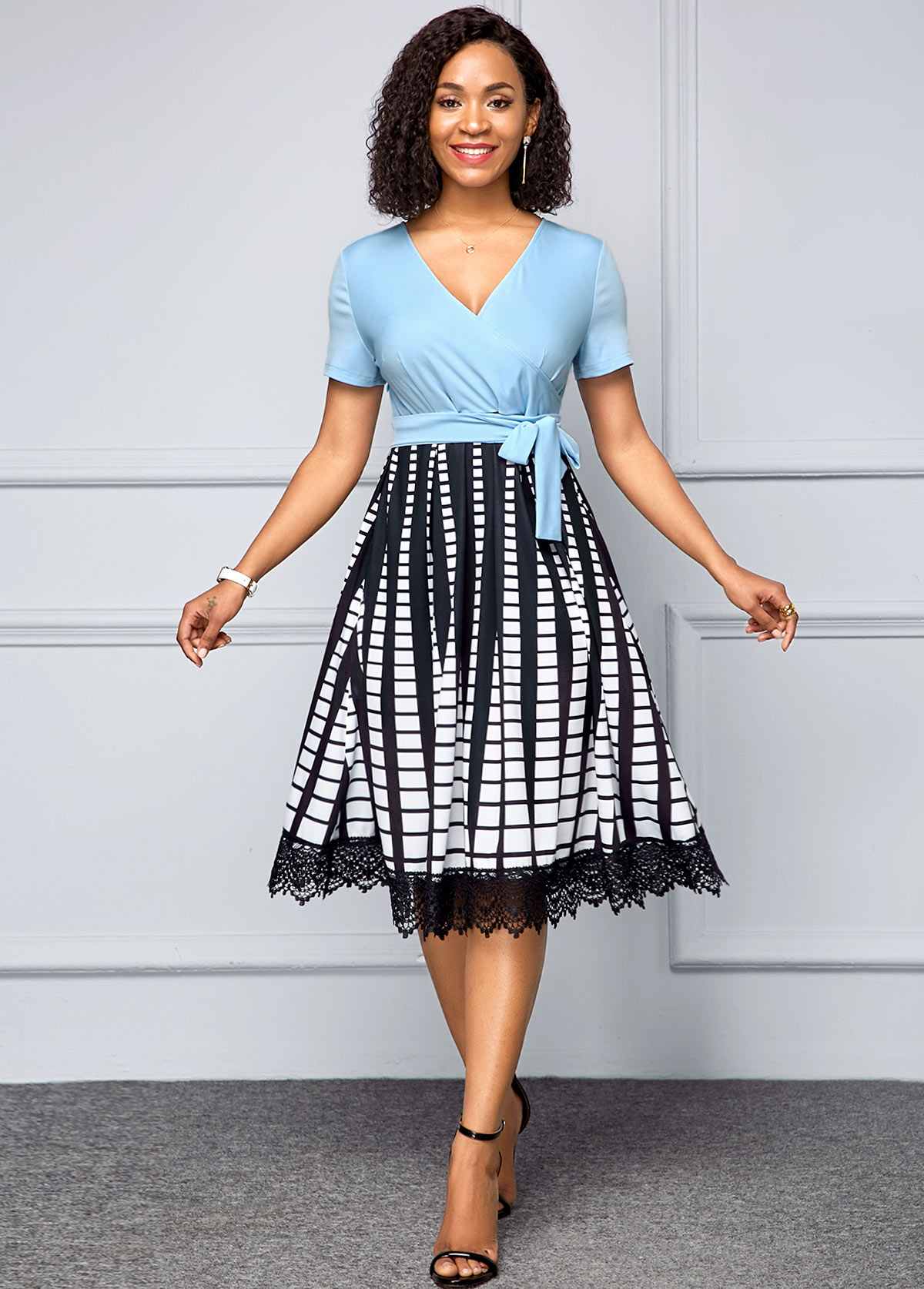 Short Sleeve Printed V Neck Surplice Dress