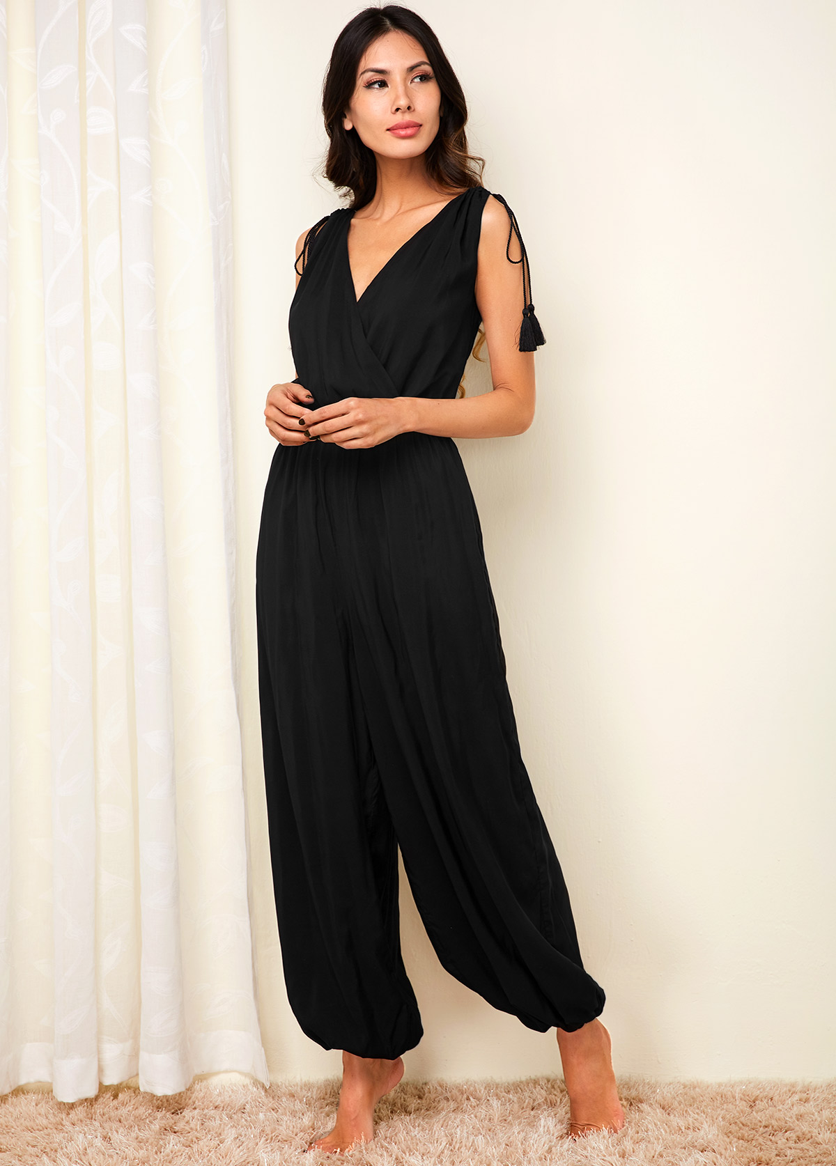 V Neck Black Tassel Hem Sleeveless Jumpsuit