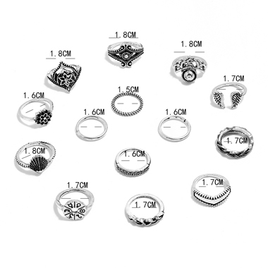 Silver Flower and Shell Shape Metal Rings Set