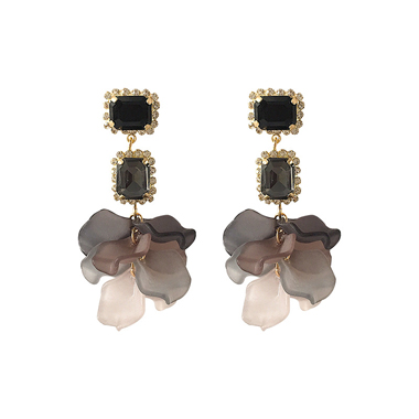 Women's Flower Shape Black Earring Set