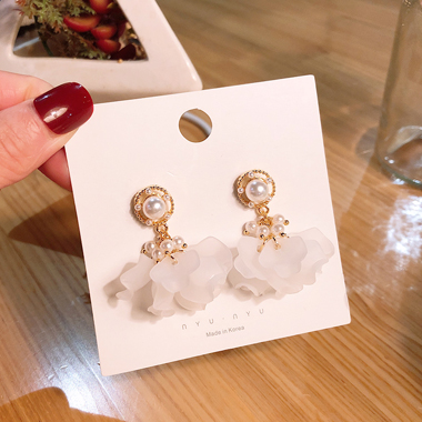 Flower Shape Pearl Embellished White Earring Set