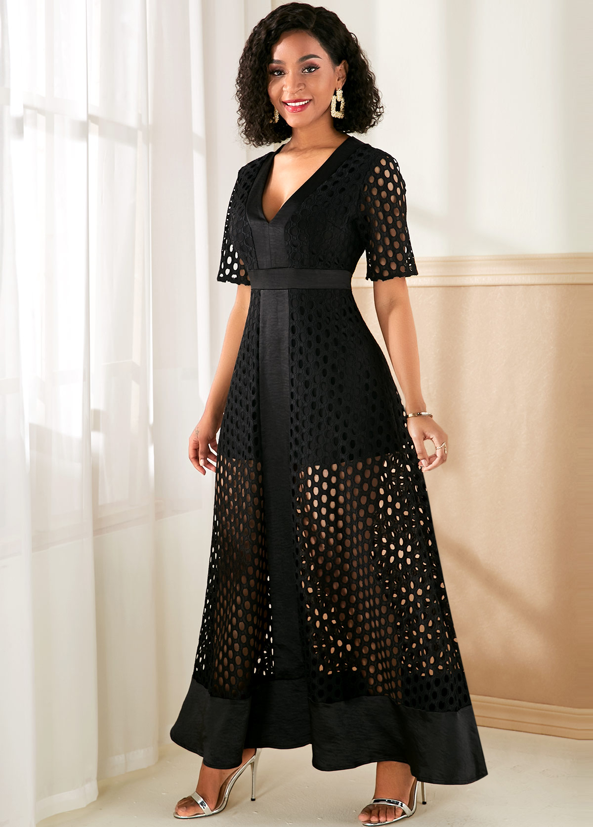 V Neck Black Lace Panel Maxi Dress