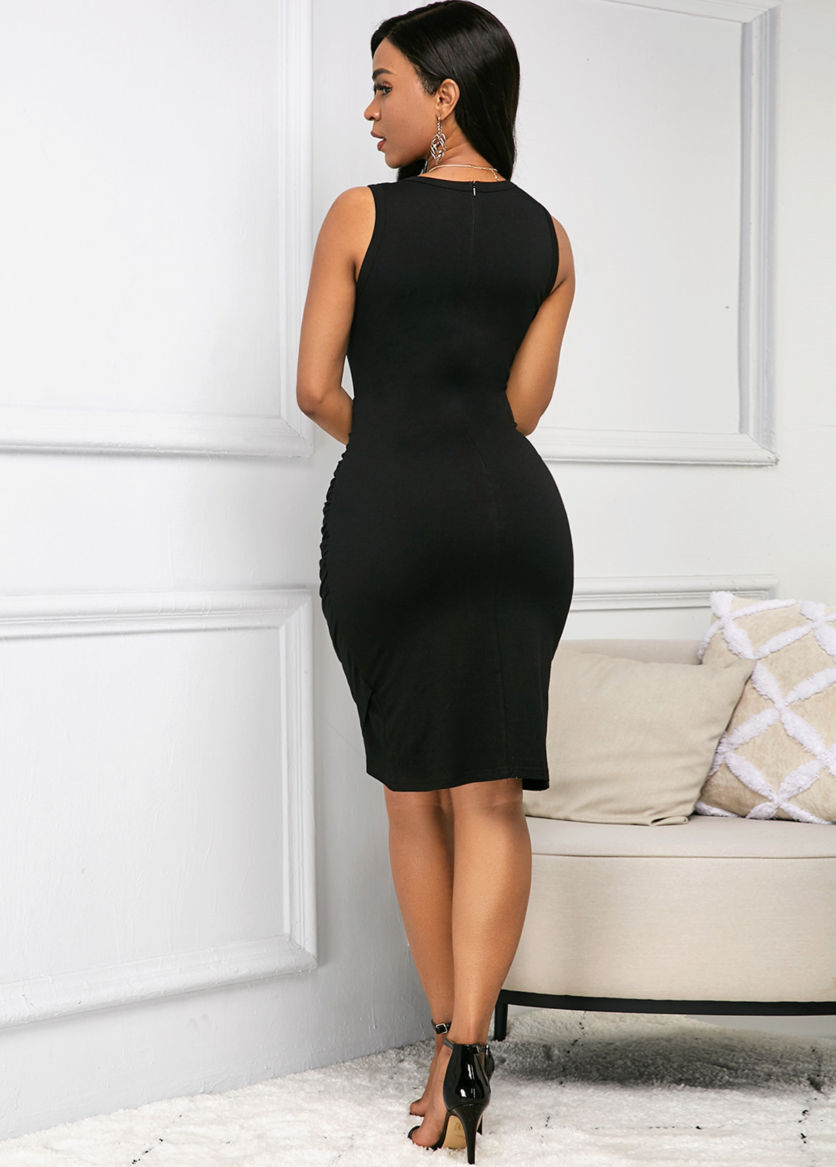 Round Neck Sleeveless Black Soft Dress