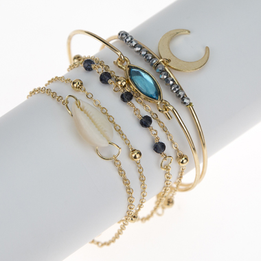 Crescent Shape Gold Metal Chain Bracelet Set