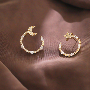 Rhinestone White Crescent Shape Earring Set