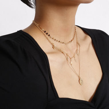 Layered Metal Gold Geometric Shape Necklace for Lady