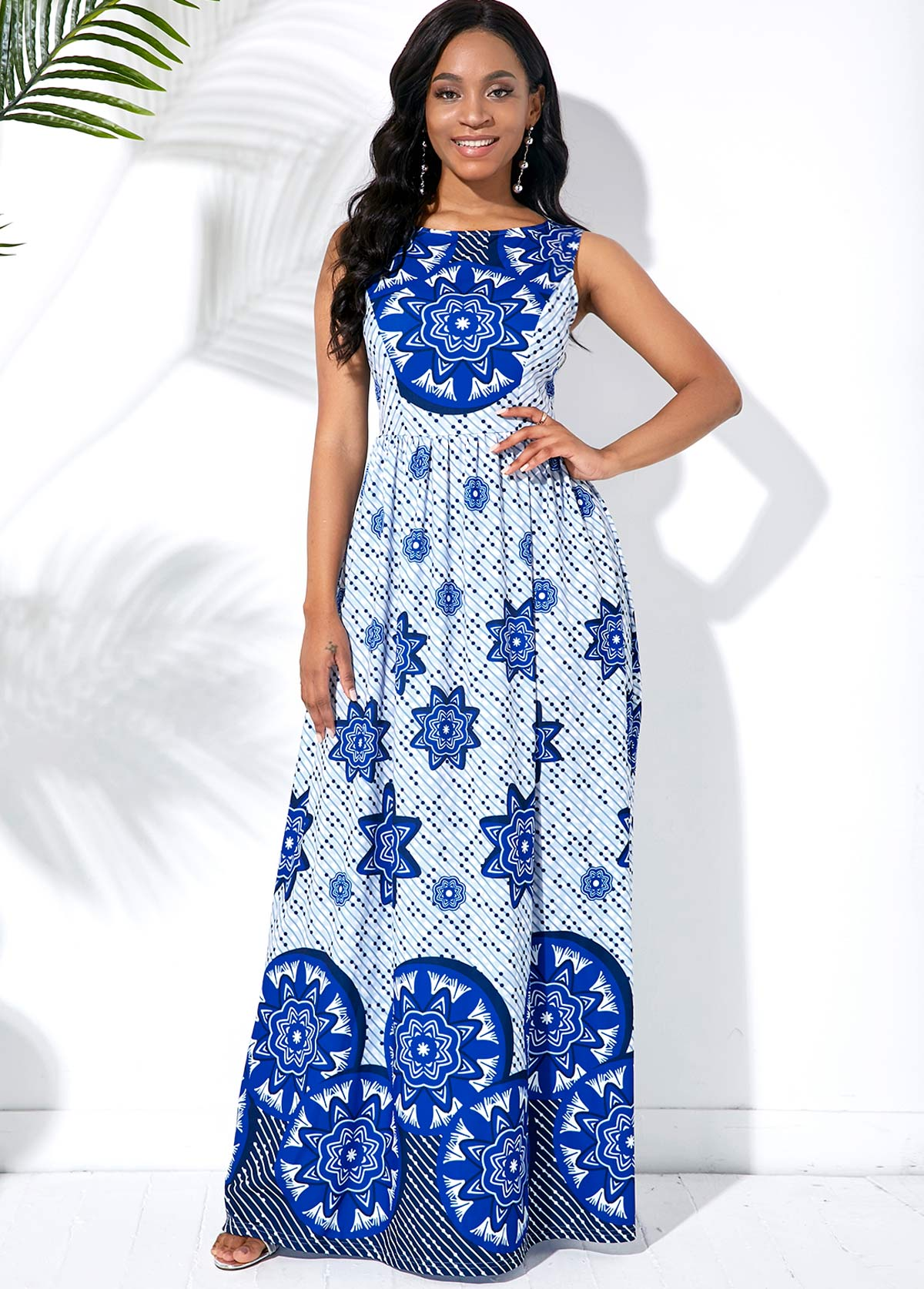 Round Neck Sleeveless Tribal Print Maxi Dress