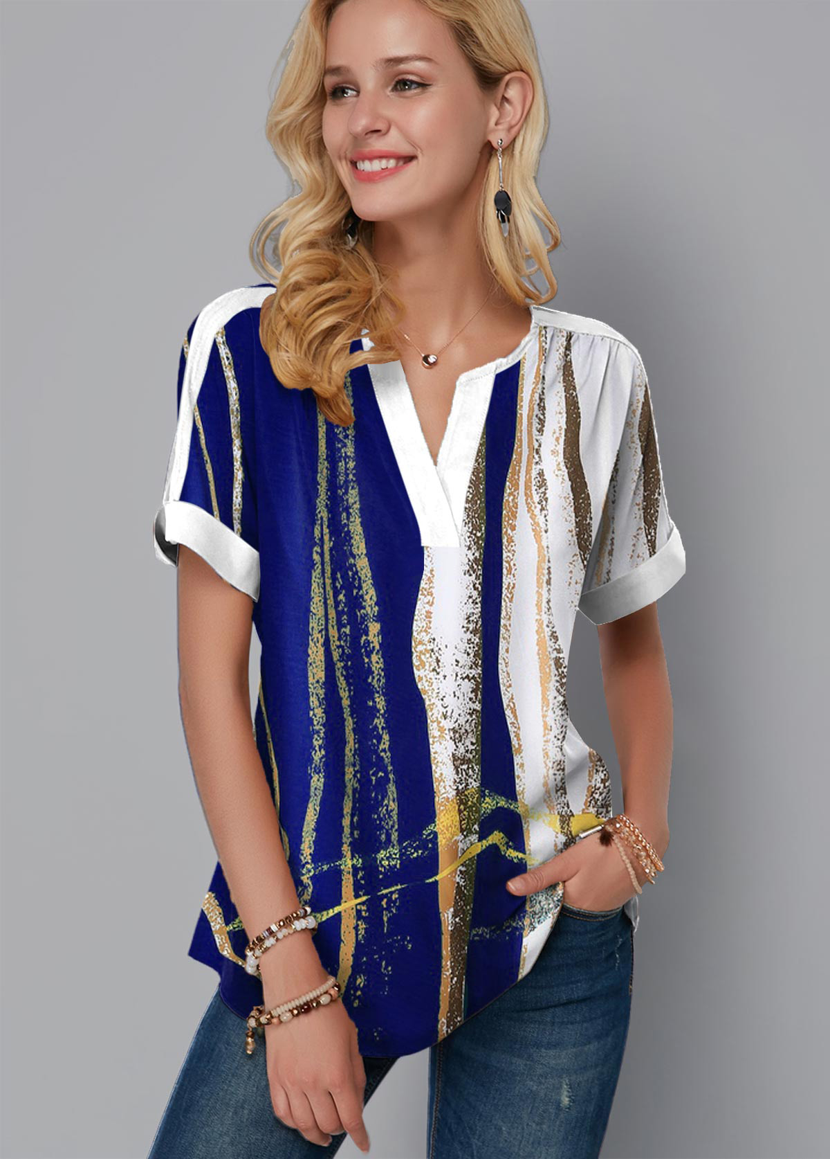 Short Sleeve Geometric Print Split Neck Blouse