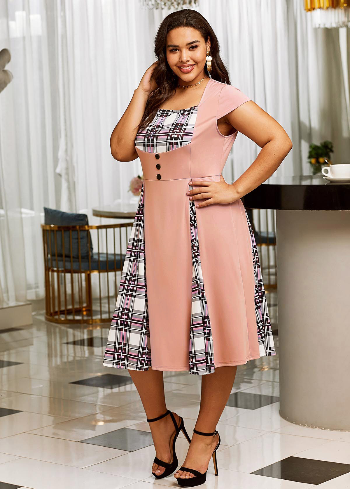 Plaid Short Sleeve Plus Size Dress