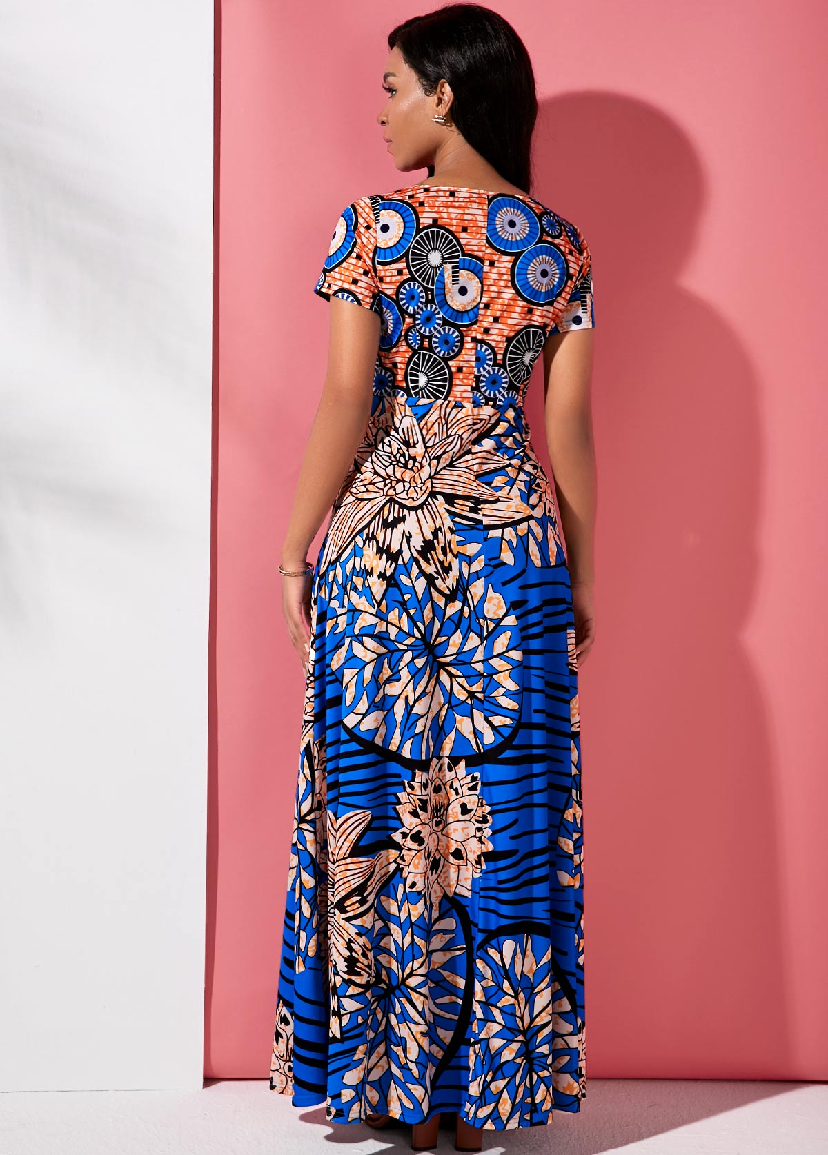 Round Neck Short Sleeve Tribal Print Maxi Dress