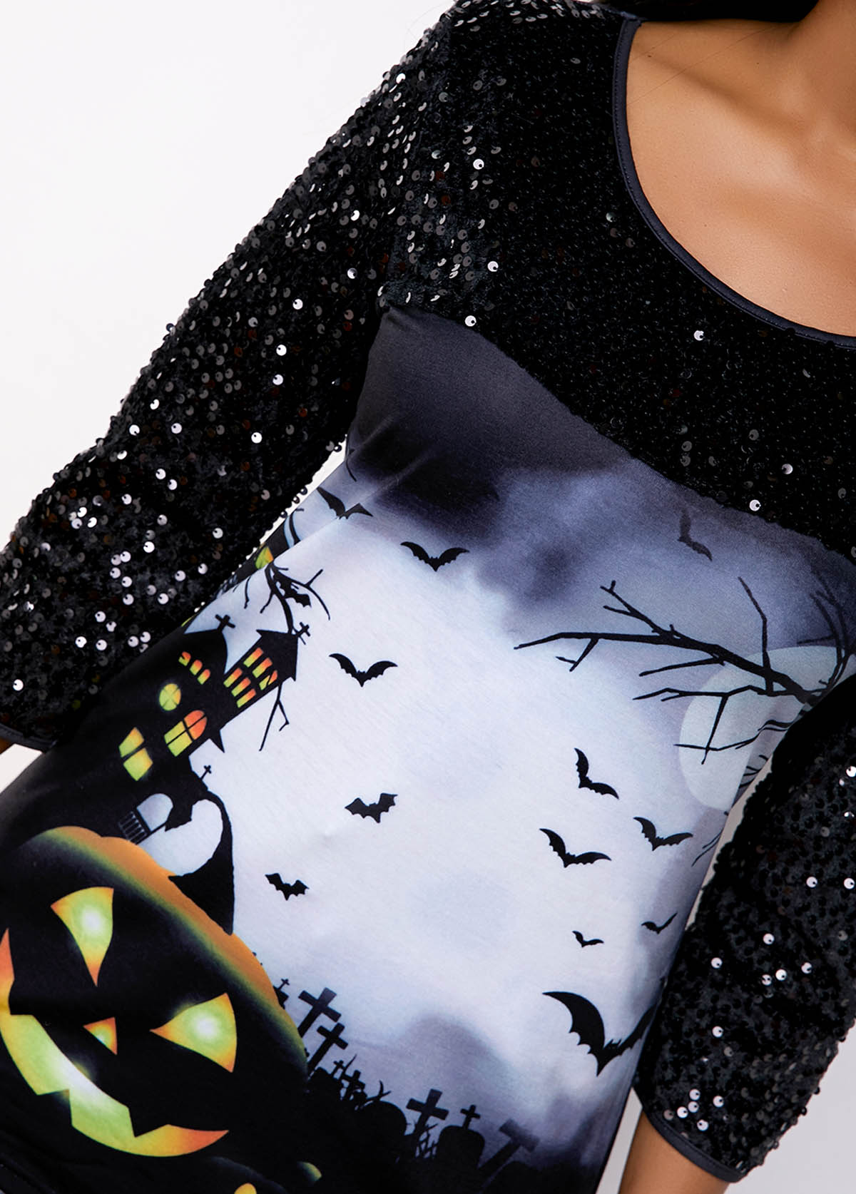 Asymmetric Hem Sequin Embellished Halloween Print T Shirt