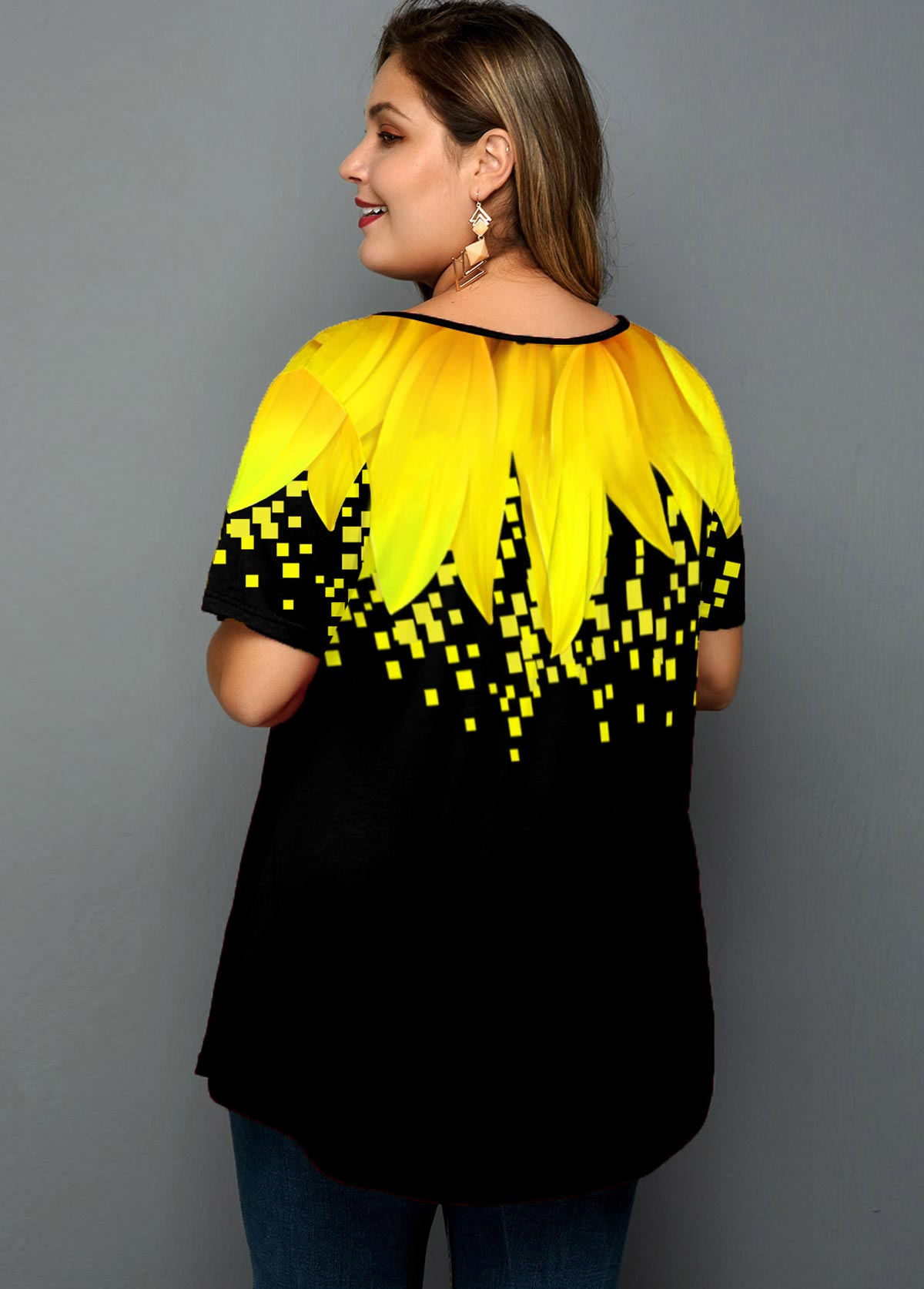 Sunflower Print Short Sleeve Plus Size T Shirt