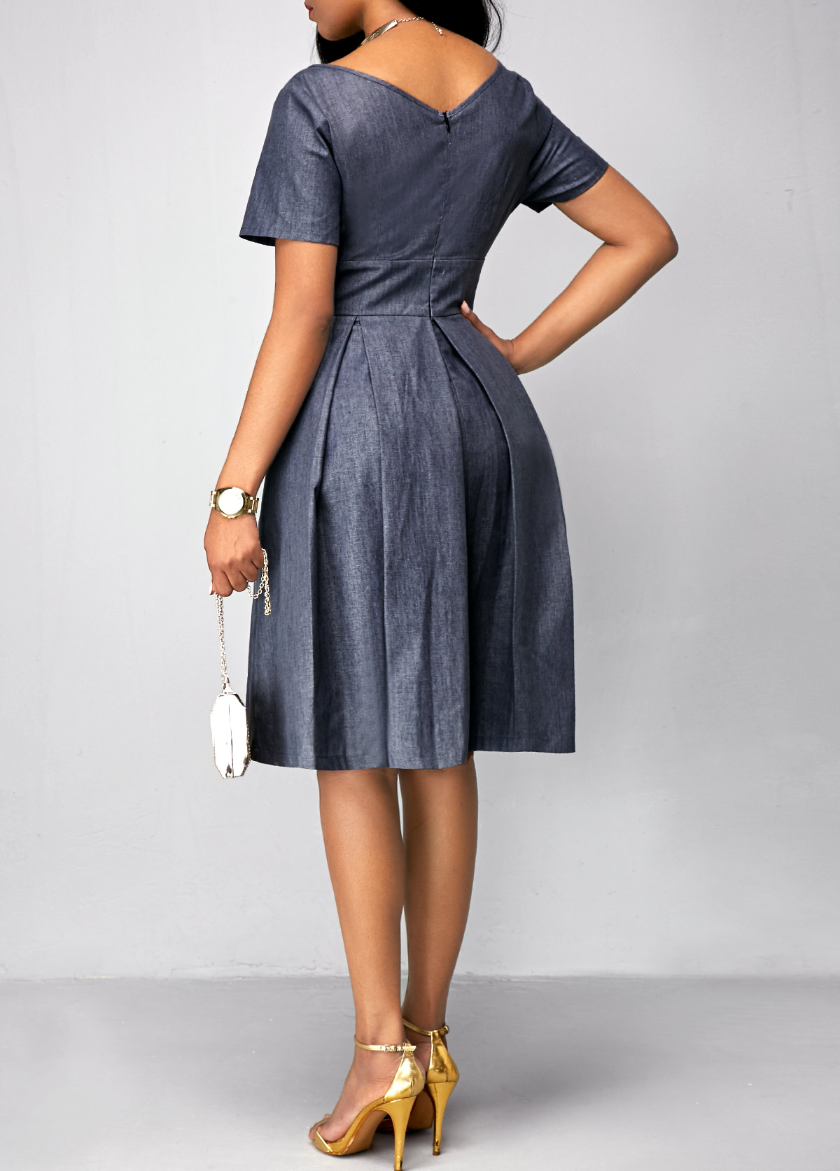 Short Sleeve V Neck Pleated Dress
