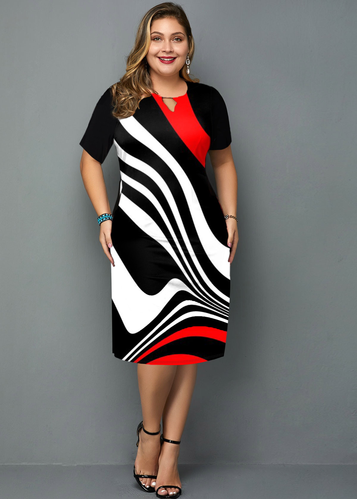 Stripe Print Keyhole Neckline Plus Size Dress