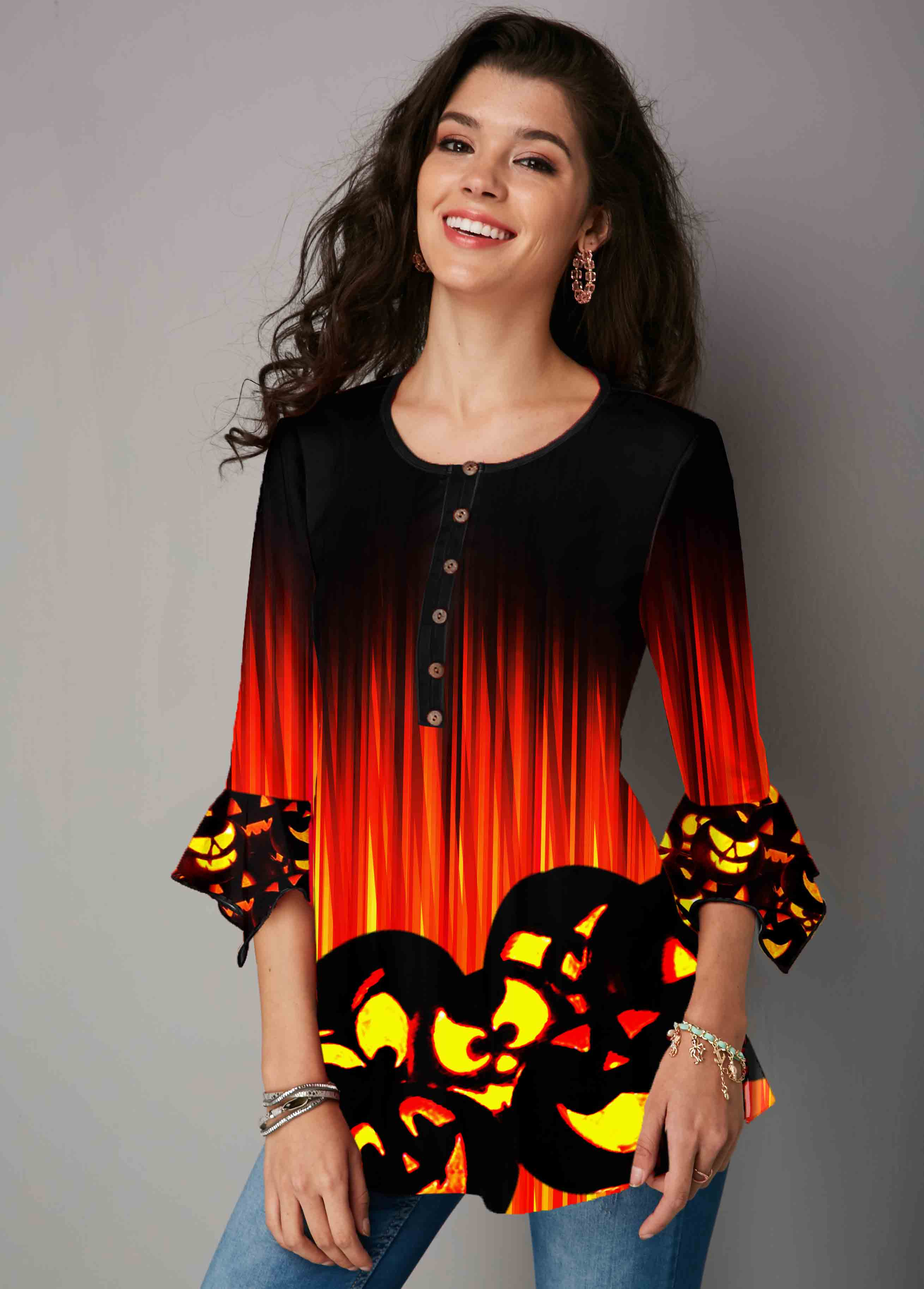Hanky Cuff Round Neck Halloween Print T Shirt