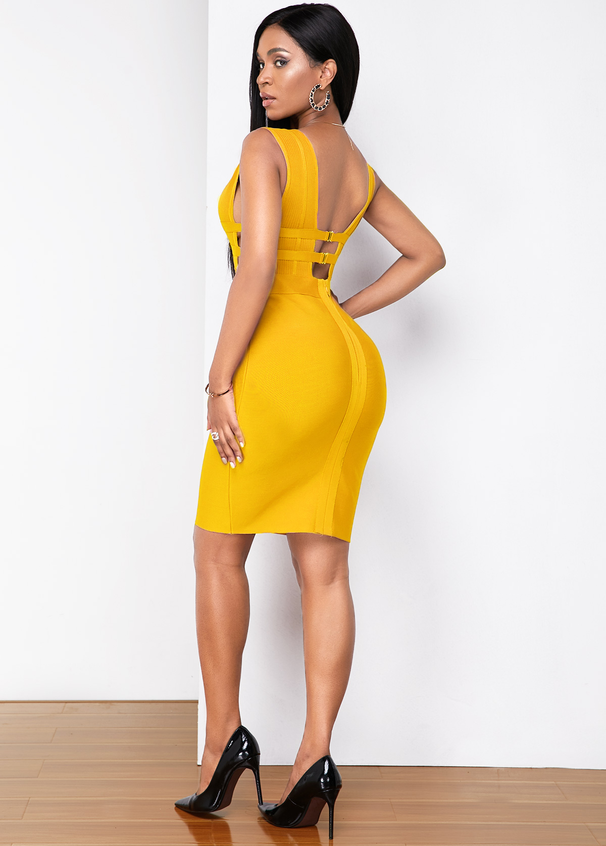 Low Back Plunging Neck Sleeveless Bandage Dress