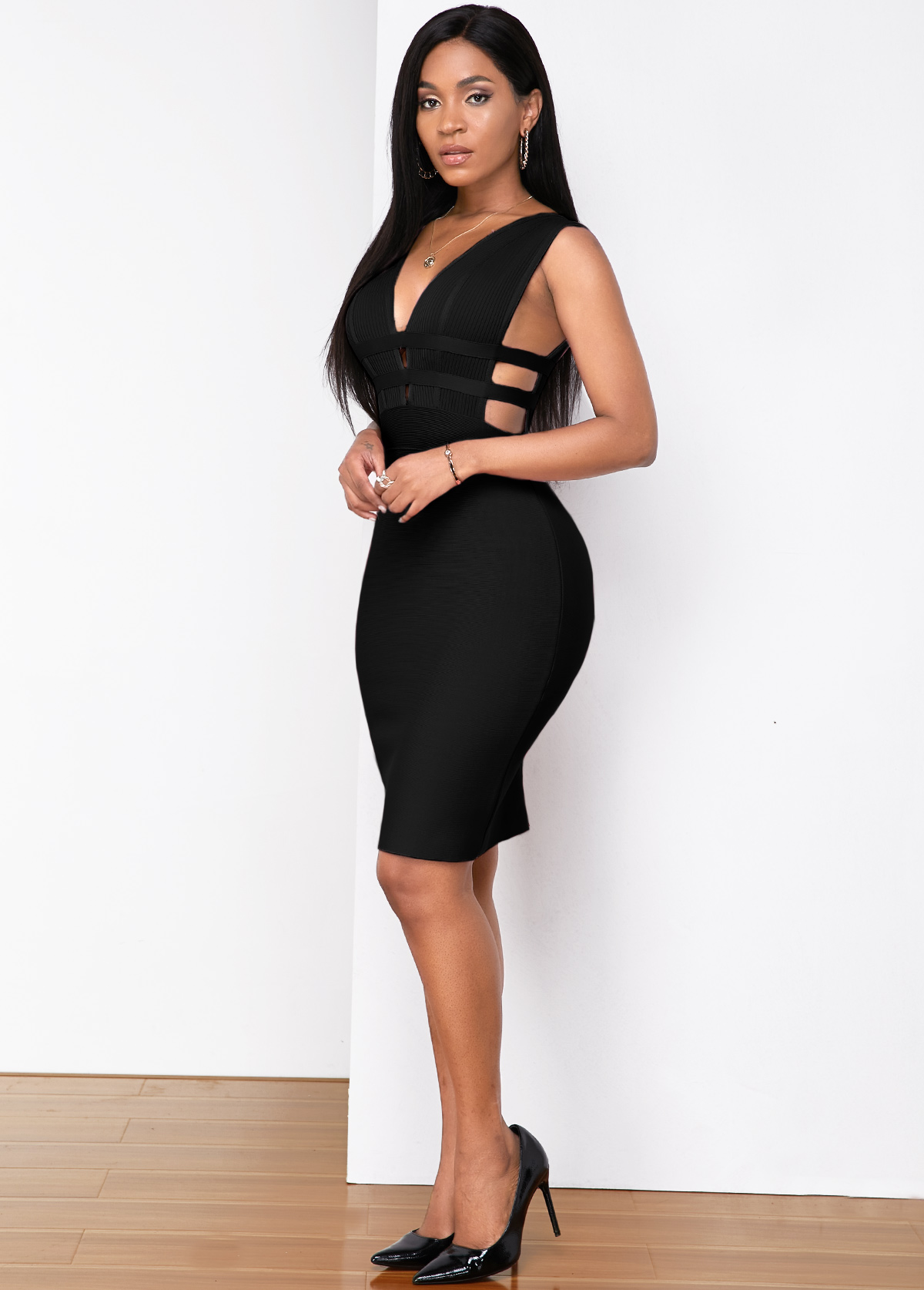 Sleeveless Low Back Plunging Neck Bandage Dress