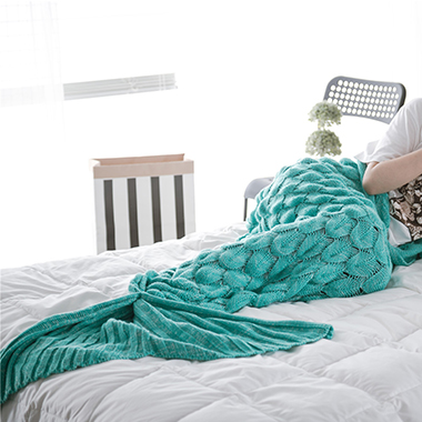 Rib Knit Mermaid Tail Green Blanket