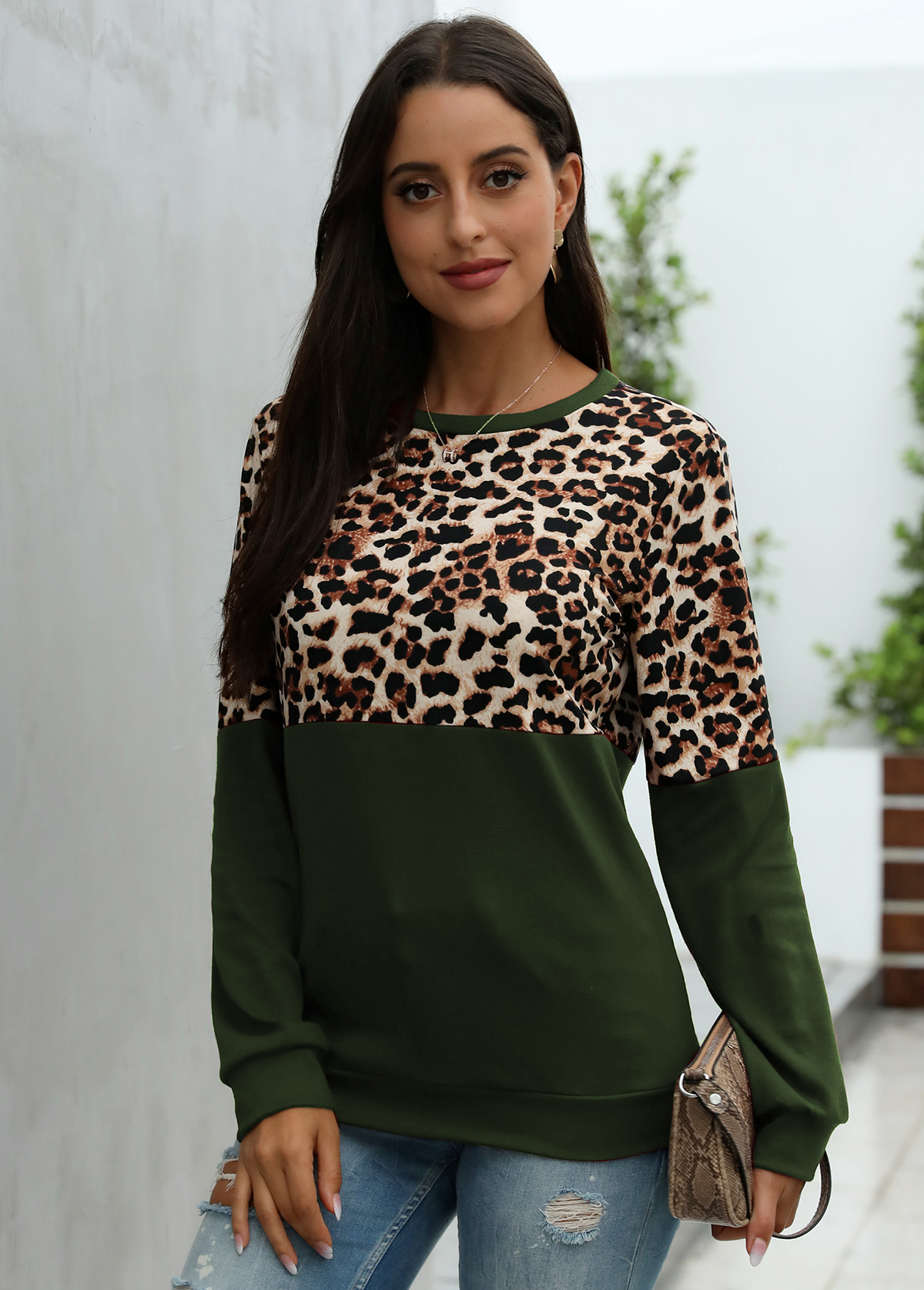 Round Neck Long Sleeve Leopard T Shirt